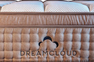 dreamcloud-mattress-durable